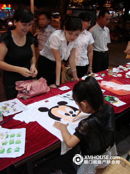 中骏·蓝湾香郡:彩蛋diy,手绘t恤共享缤纷国庆