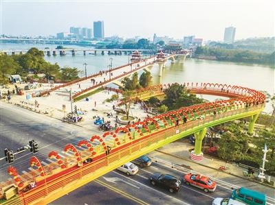 市区三桥卧波龙江
